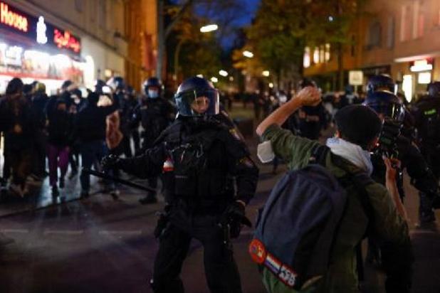 Manifestaties in Berlijn draaien uit op geweld tegen de politie