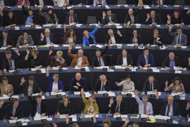 Commissie Europees Parlement stemt in met brexit-akkoord