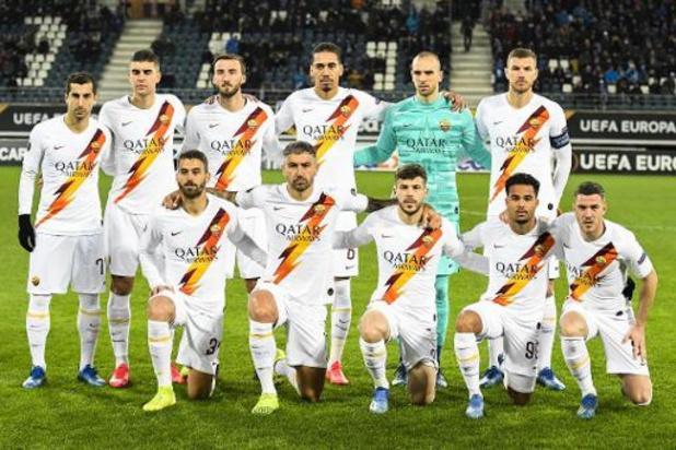 Spelers AS Roma leveren vier maanden salaris in