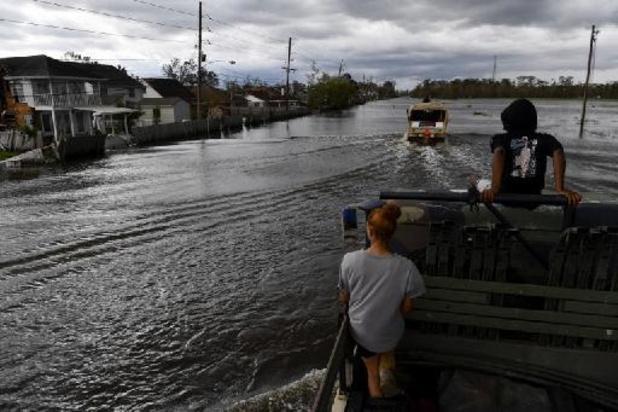 Honderden mensen gered uit overstroomde gebieden na doortocht orkaan Ida