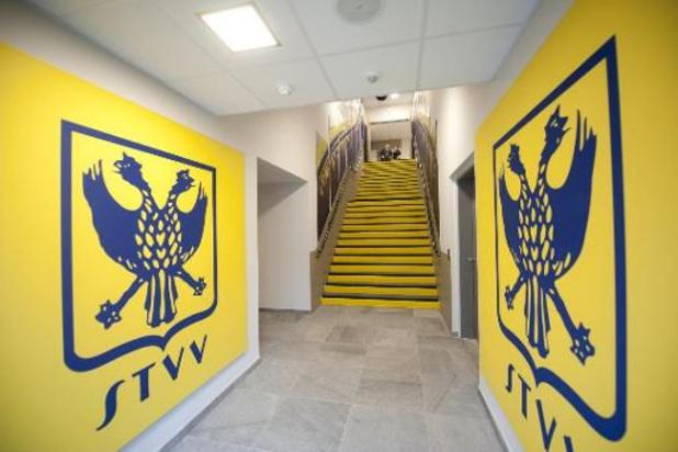Jupiler Pro League - STVV moet 4.000 euro boete betalen wegens spreekkoren richting ref