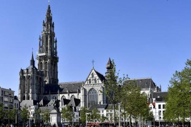 La cathédrale d'Anvers se dote d'un nouvel éclairage intérieur moins énergivore