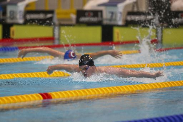 Louis Croenen mag naar halve finales 200m vlinder op EK zwemmen