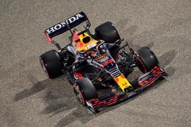 Max Verstappen verovert in Bahrein poleposition voor WK-opener