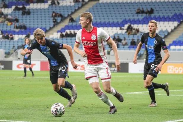 Jupiler Pro League - Club Brugge verliest op stage van Ajax, rode kaart Lamkel Zé ontsiert oefenzege Antwerp