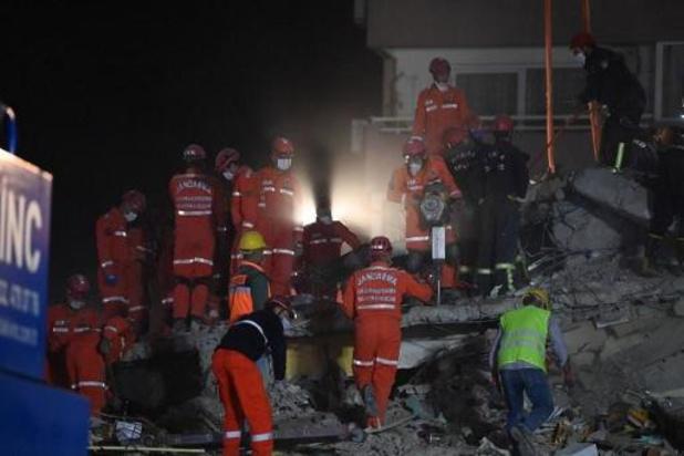 Le bilan du puissant séisme en mer Égée dépasse les 80 morts