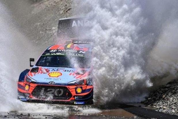 WRC - Meeke en tête du Rallye de Grande-Bretagne devant Neuville, Tänak seulement 13e