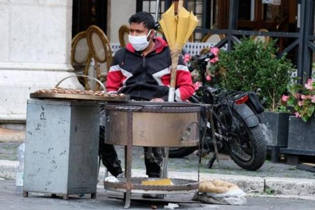 Nieuw record van besmettingen in Italië - bijna 450 doden