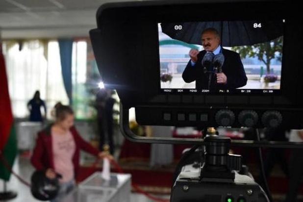 Loekasjenko wil persoonlijke ontmoeting met Poetin in Moskou