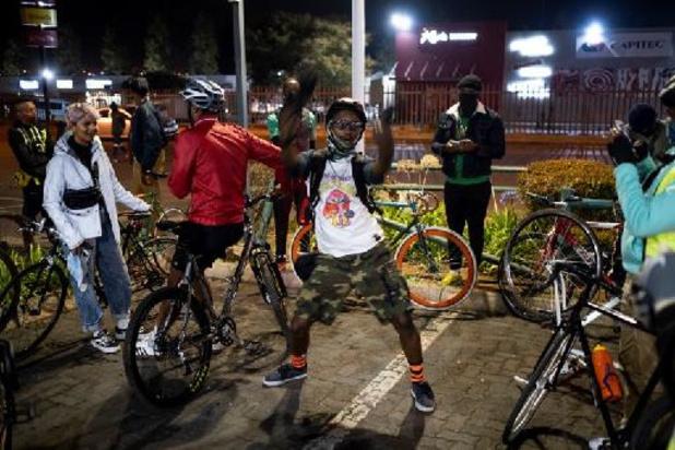 """A Soweto, les """"Bandits à vélo"""" reprennent le township"""