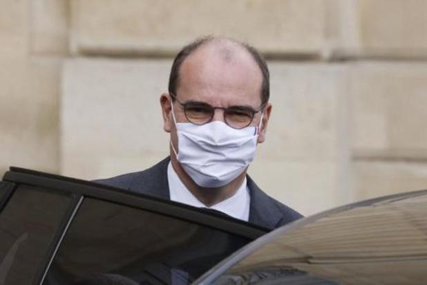 Franse premier waarschuwt voor strengere maatregelen en lokale lockdowns