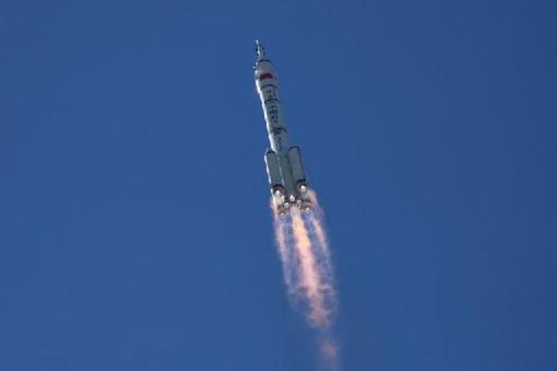 Le vaisseau habité s'arrime à la station spatiale chinoise