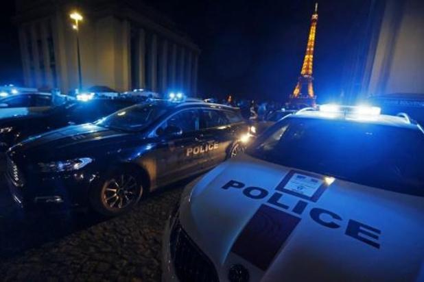 France: revirement sur la clé d'étranglement, maintenue comme mode d'interpellation