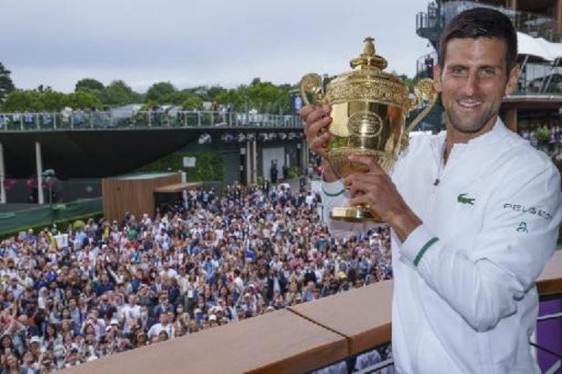 Wimbledon - Roger Federer en Rafael Nadal feliciteren Novak Djokovic