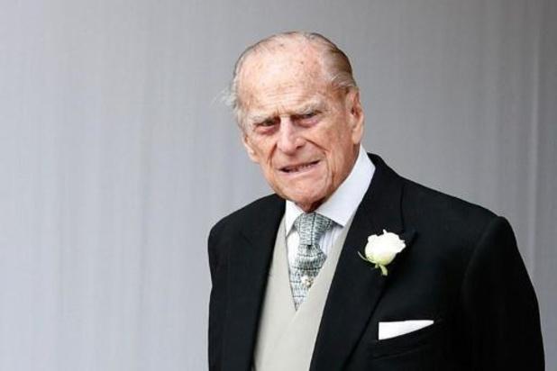 Le prince Philip, époux d'Elizabeth II, hospitalisé pour soigner une infection