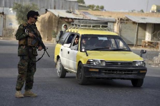 Luchthaven Kandahar getroffen door drie raketten
