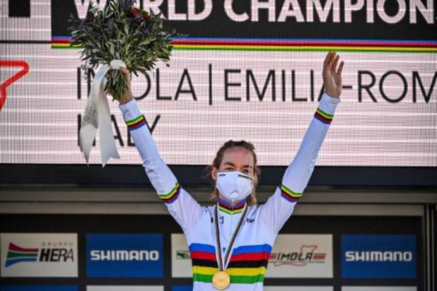 "WK wielrennen - Anna van der Breggen: ""Waagde gewoon mijn kans"""