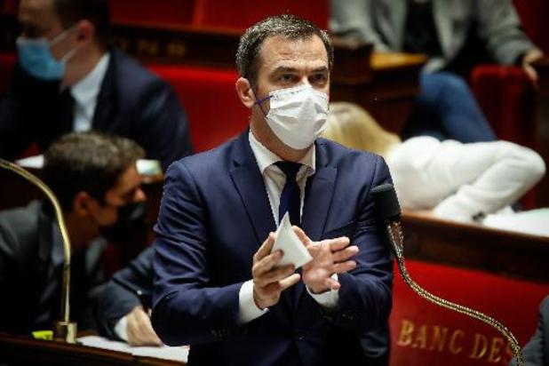 France: les 12-17 ans exemptés de pass sanitaire jusqu'au 30 août
