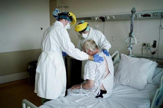 L'âge moyen des personnes hospitalisées depuis le début de l'épidémie est de 71 ans