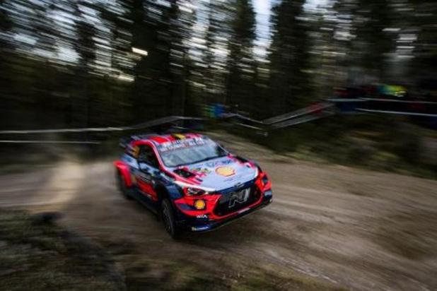 Elfyn Evans en tête du Rallye de Suède, Thierry Neuville sixième