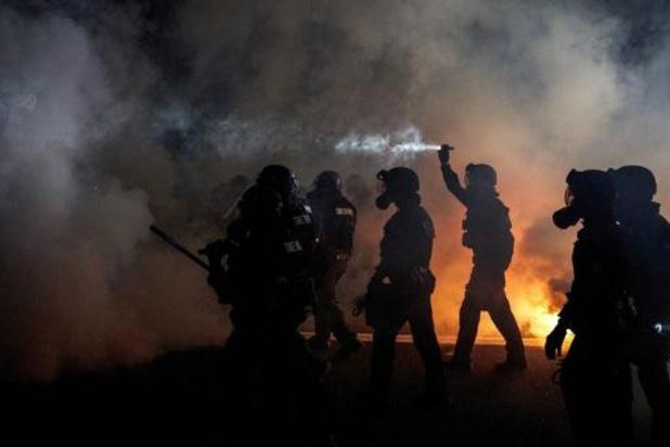 Traangas en molotovcocktails op honderdste nacht van manifestaties in Portland