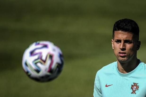 Le Portugais Joao Cancelo positif au Covid-19 et remplacé par Diego Dalot