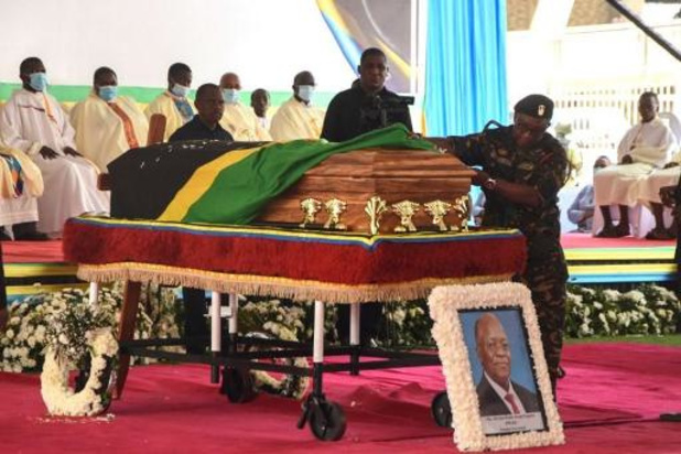 Overleden president van Tanzania John Magufuli geëerd met grote staatsbegrafenis