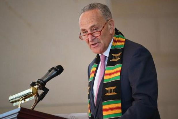 """Leider van Democraten in Amerikaanse Senaat noemt vrijgave transcriptie telefoongesprek """"onvoldoende"""""""