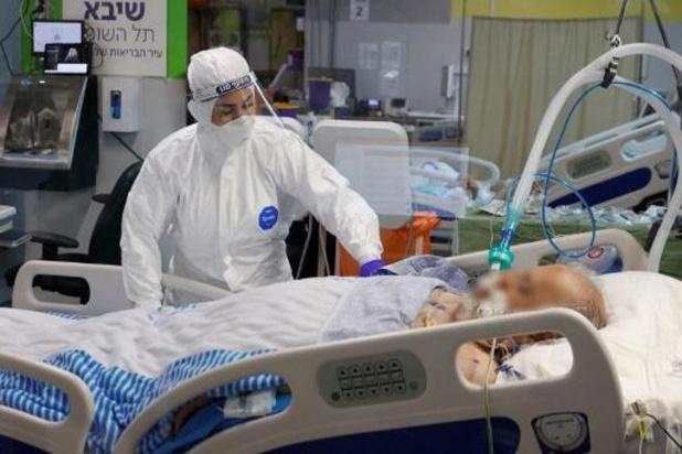 Israël enregistre un nombre record de vaccinations mais aussi de contaminations
