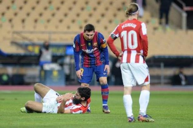 Athletic Bilbao verslaat Barcelona om Spaanse Super Cup, Messi krijgt rood