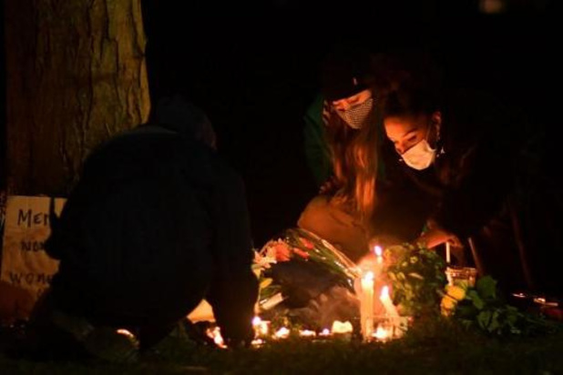 Tensions lors d'un hommage non autorisé à une Londonienne assassinée