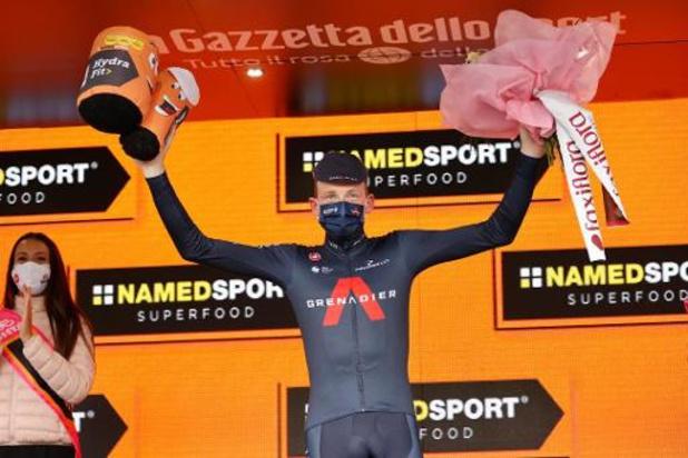 Geoghegan Hart eert overleden ploegleider met Giro