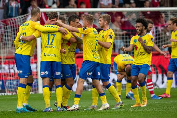 1B Pro League - Waasland-Beveren haalt fors uit in Moeskroen: 0-4