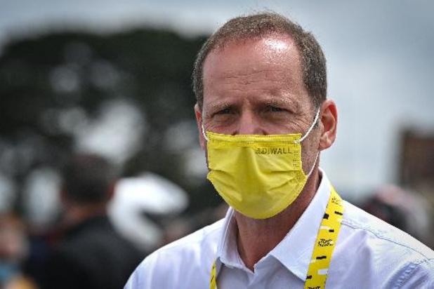 Tourorganisator ASO trekt klacht tegen toeschouwster met kartonnen bord in