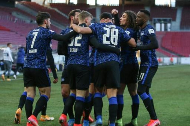 Stuttgart en Hertha delen de punten