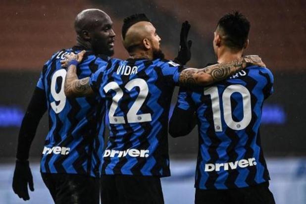 Belgen in het buitenland - Lukaku maakt elfde doelpunt van seizoen voor Inter, Saelemaekers scoort voor AC Milan
