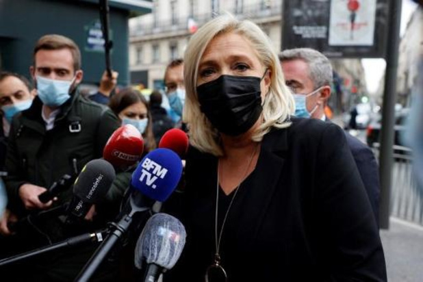 """Présidentielle en France: Marine Le Pen appelle Dupont-Aignan à """"travailler"""" ensemble"""