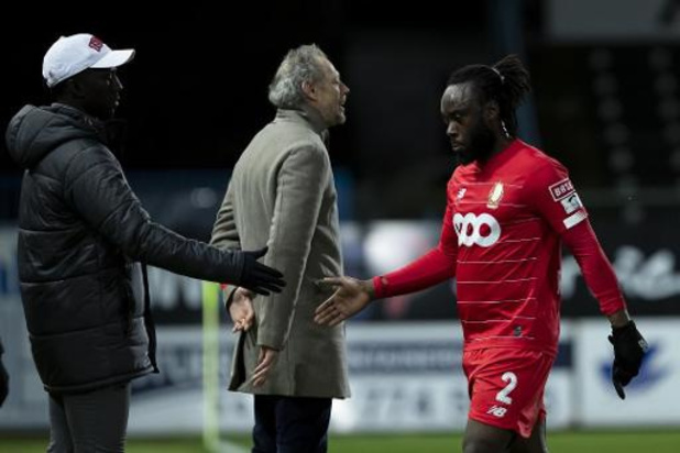 Jupiler Pro League - Vroege rode kaart en laat doelpunt doen Standard de nek om bij Waasland-Beveren