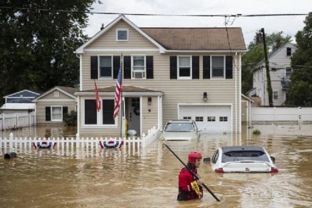 Meer dan 100.000 Amerikanen zitten zonder stroom door tropische storm Henri