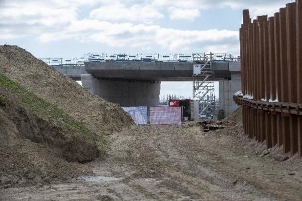 3M kreeg rekening voor vervuilde grond Oosterweel nog niet gepresenteerd