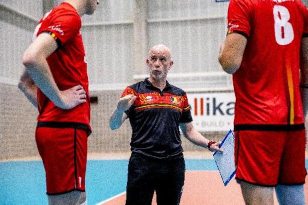 """EK volley (m) - """"Red Dragons hebben het in de eerste set laten liggen"""", meent bondscoach Fernando Munoz"""