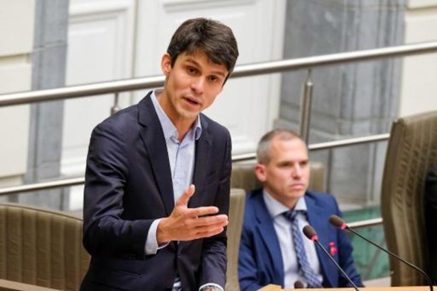 Photos en ligne: le ministre Dalle sera en contact avec les organisations de jeunes