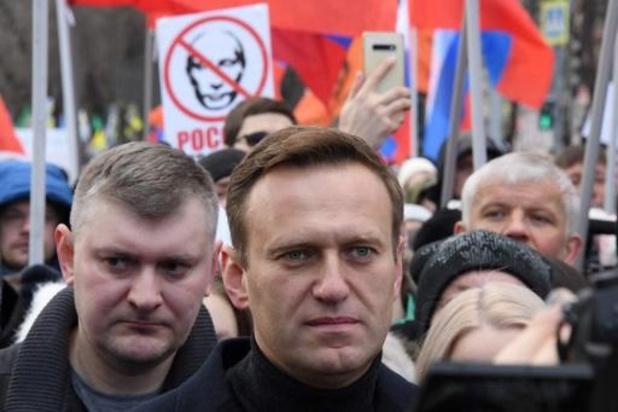 Russische oppositieleider Navalny met 'vergiftiging' in het ziekenhuis