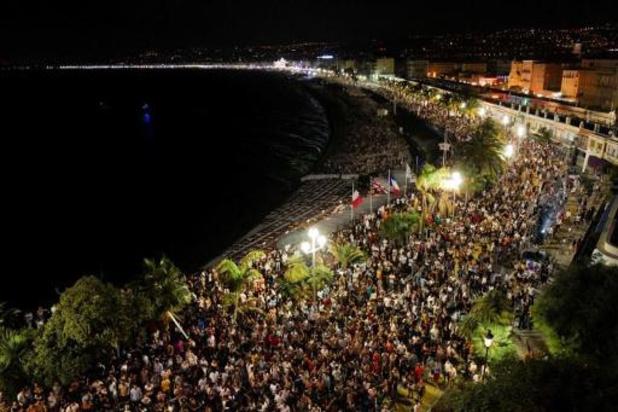 Coronavirus - Fransen verontwaardigd over concert in Nice waar te weinig afstand werd gehouden