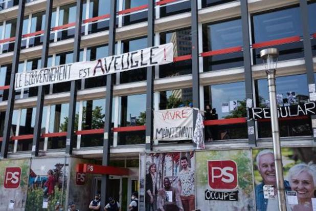 Levée de l'occupation au siège du PS à Bruxelles pour les sans-papiers en grève de la faim