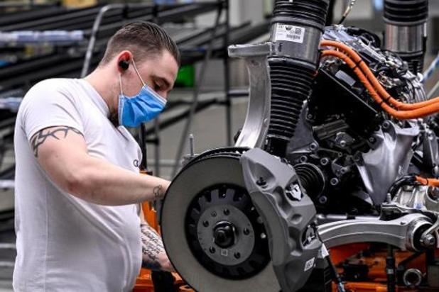 """Brand bij chipmaker heeft """"grote impact"""" op leveringen aan autosector"""
