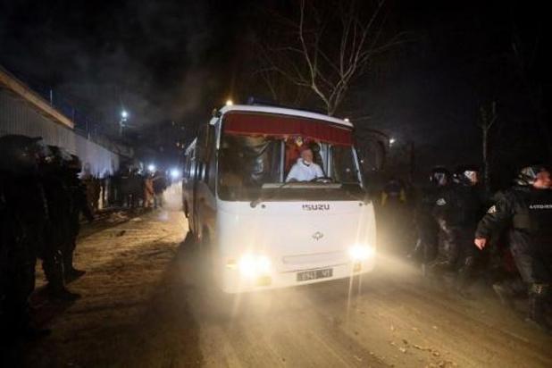 Coronavirus - Rellen in Oekraïne wanneer geëvacueerde landgenoten uit Wuhan terugkeren