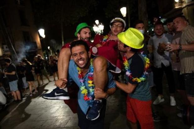 La justice espagnole décide la levée du couvre-feu à Barcelone
