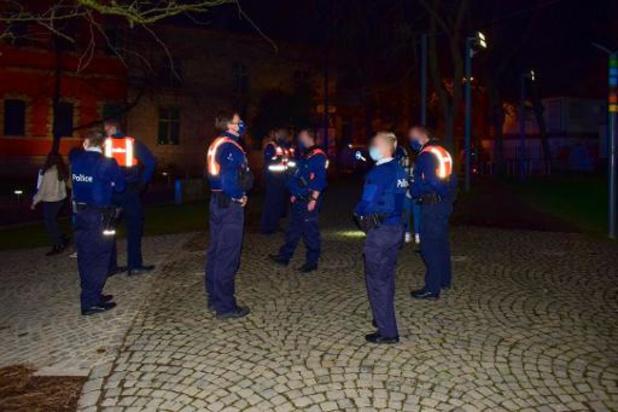 Politie Zennevallei legt twee coronafeestjes stil
