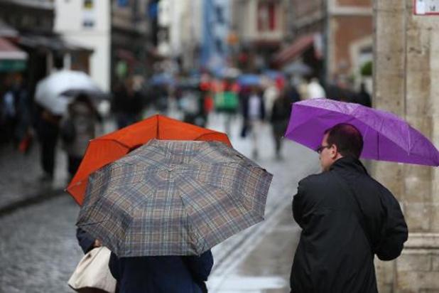 Météo - De la pluie, puis un temps sec et des éclaircies en après-midi